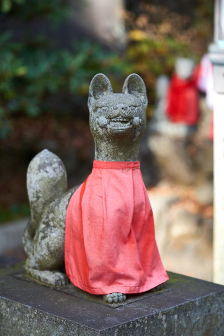 福徳稲荷狐像
